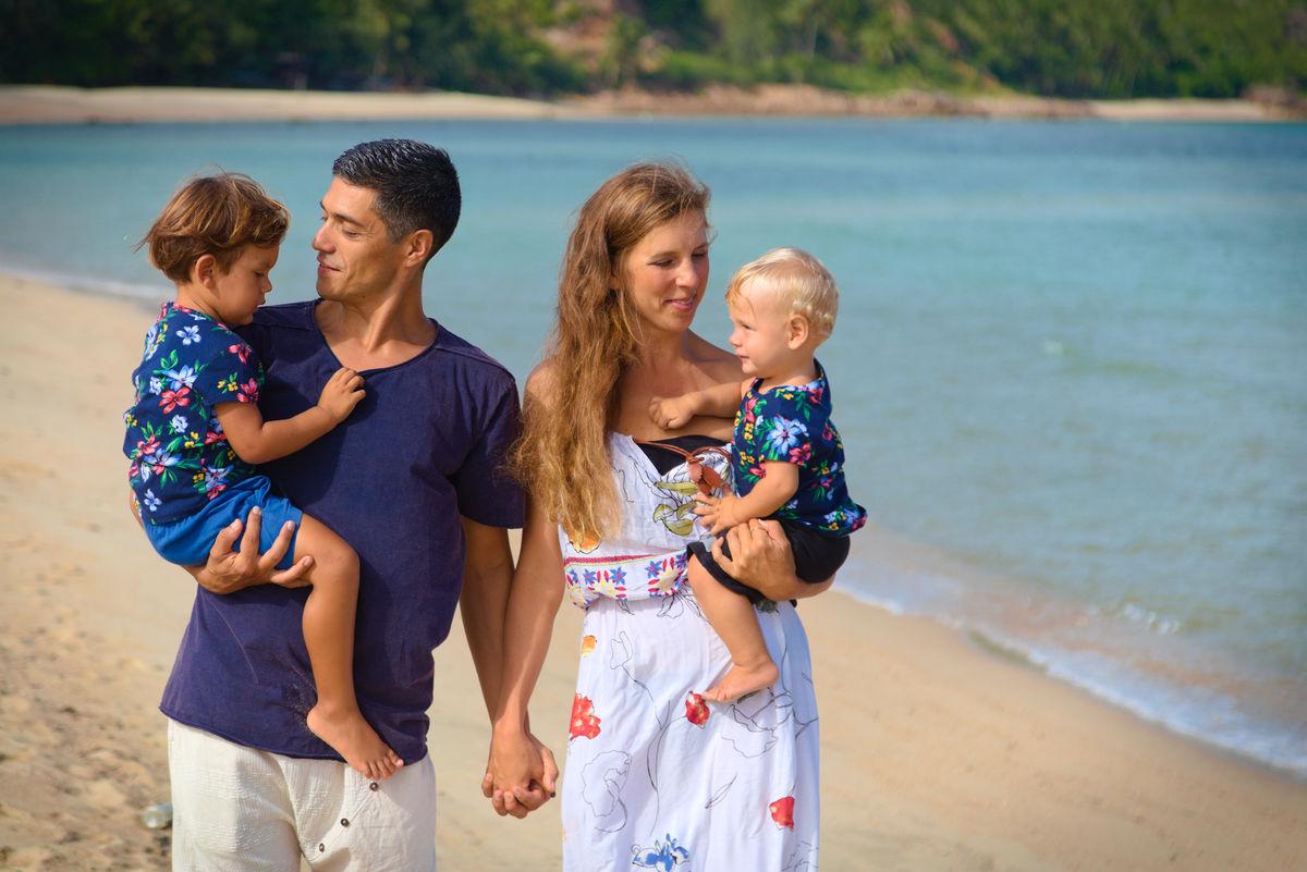 JeyJetter and her Nomadic Family